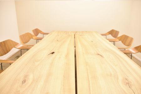 畳のミーティングスペース「富士の間」